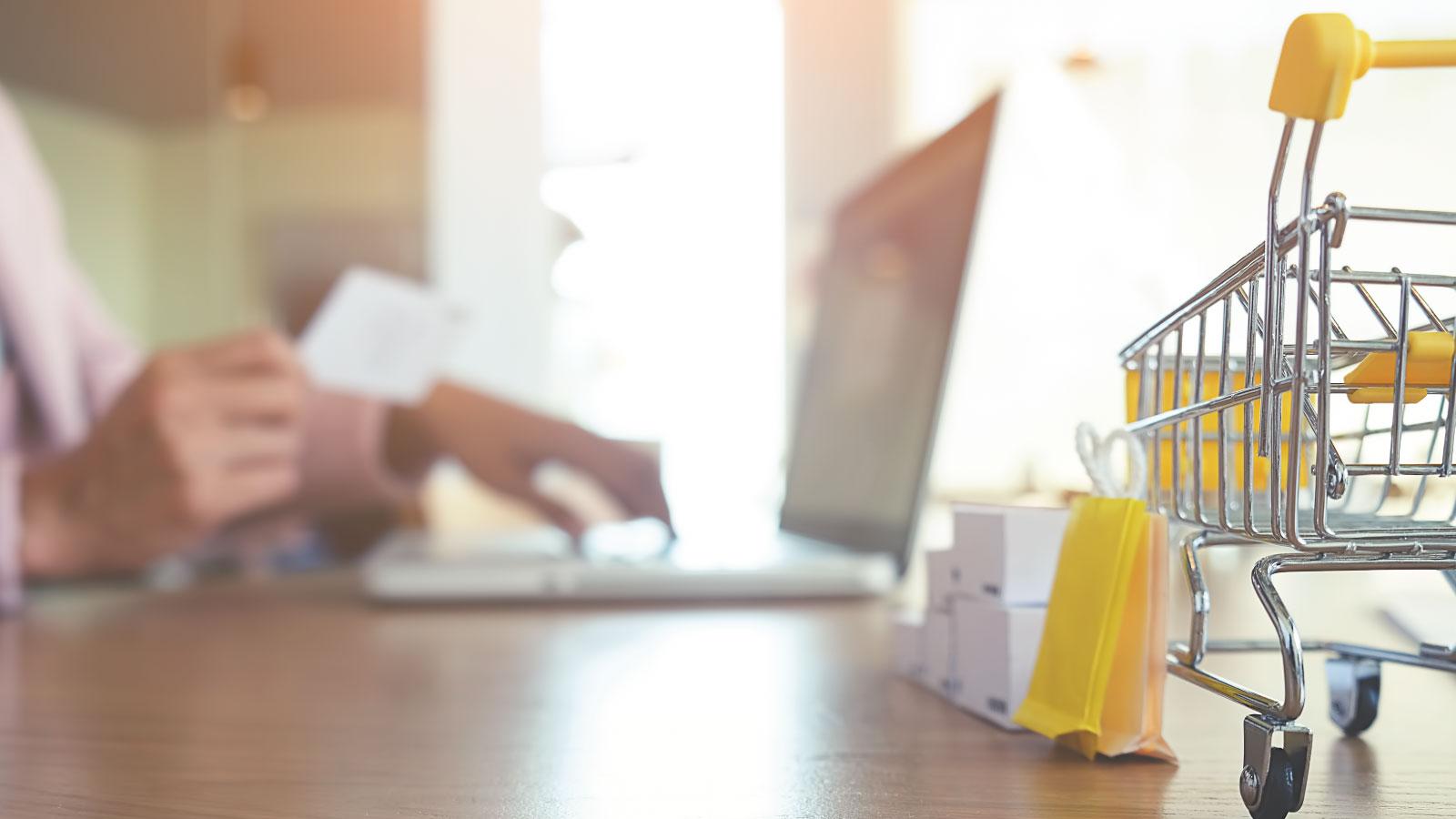 Memahami Perbedaan Marketplace dan Online Shop